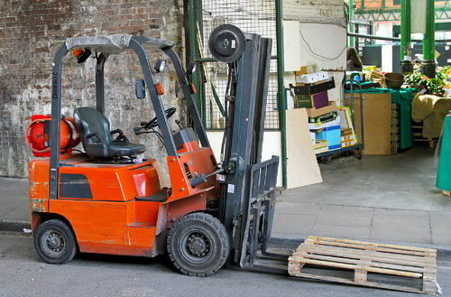 FORKLIFTS & LOADSHIFTING
